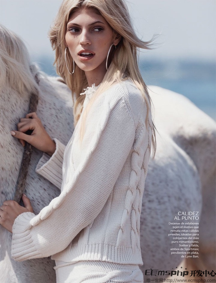 帝国cms图集插件:超模Devon登《Vogue》杂志 拍摄沙滩时尚大片(3)