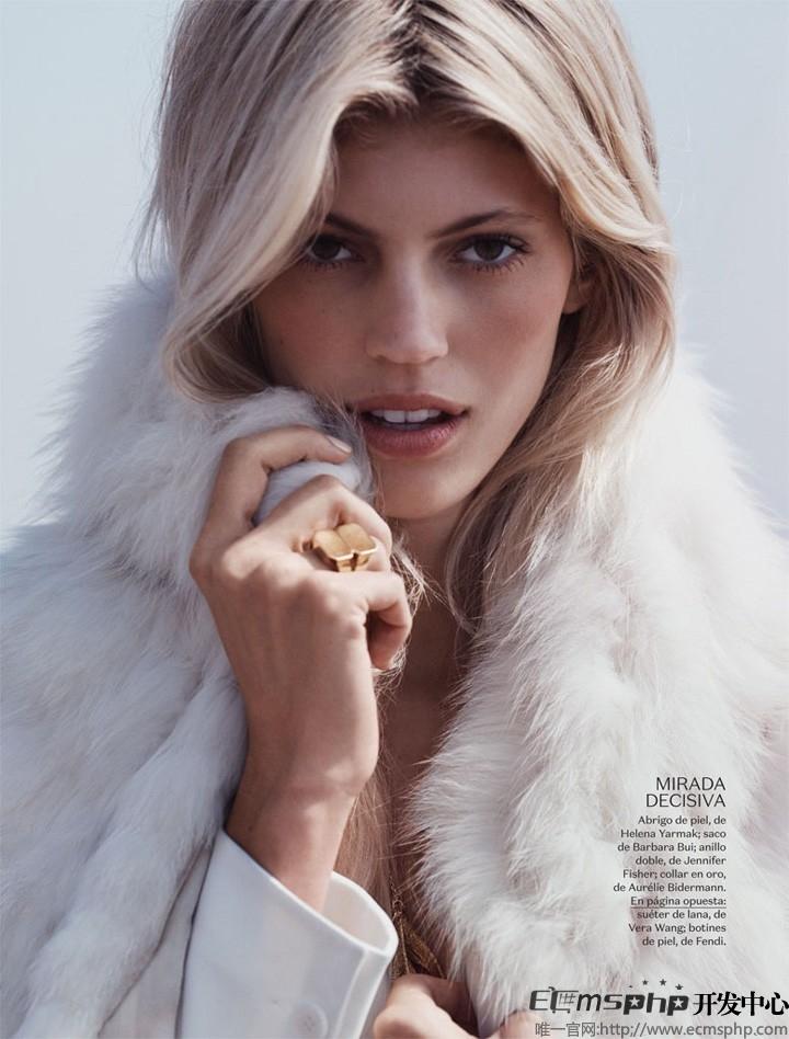 帝国cms图集插件:超模Devon登《Vogue》杂志 拍摄沙滩时尚大片(4)